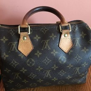 Louis Vuitton Speedy 25 with lock and key